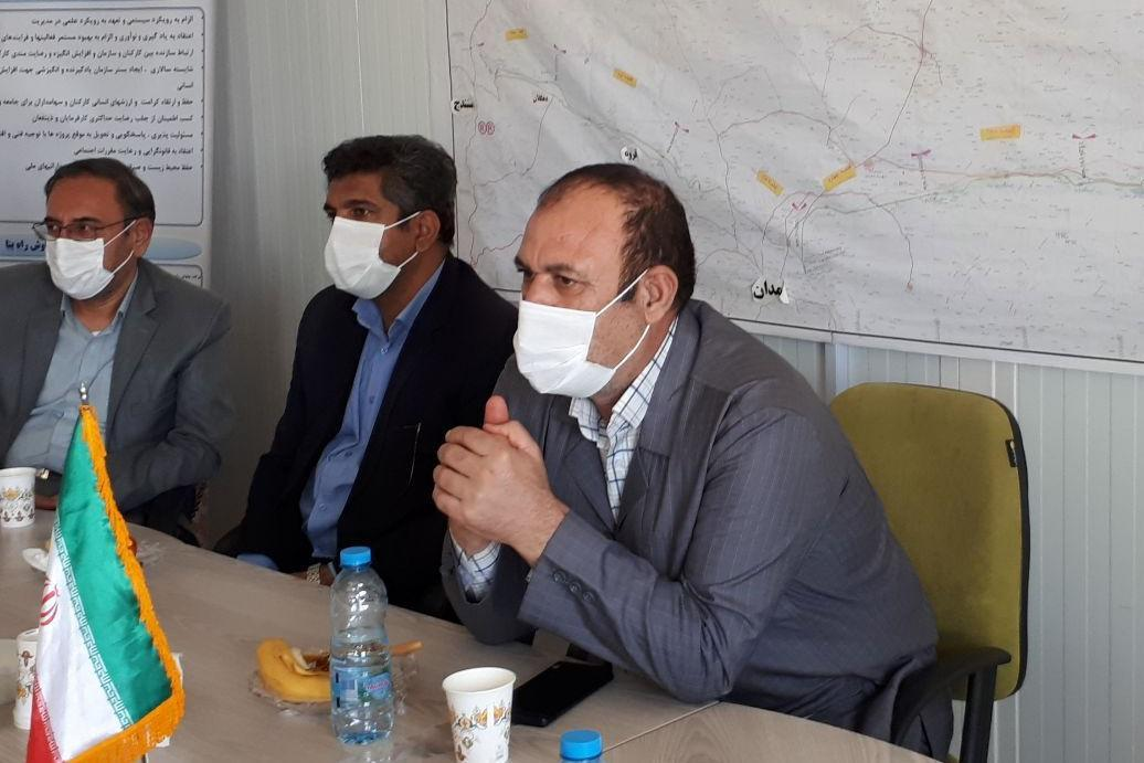 خبرنگاران معاون سیاسی استاندار: همه برای توسعه کردستان دلسوزانه گام برداریم