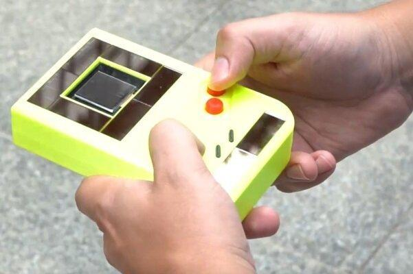 تولید کنسول بازی که بدون باتری شارژ می شود