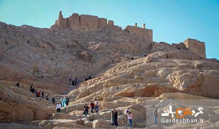 کوه آتشگاه از بناهای تفریحی و تاریخی اصفهان
