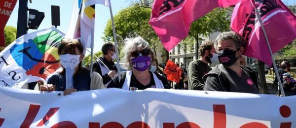 تظاهرات هزاران نفر در پاریس علیه اصلاحات بیمه بیکاری
