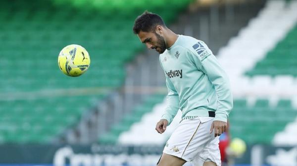 مدافع رئال بتیس پیشنهاد تیم النصر را رد کرد