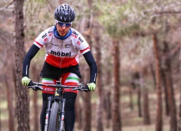 دختر رکابزن ایران به تنهایی برای بازی های آسیایی آماده می گردد